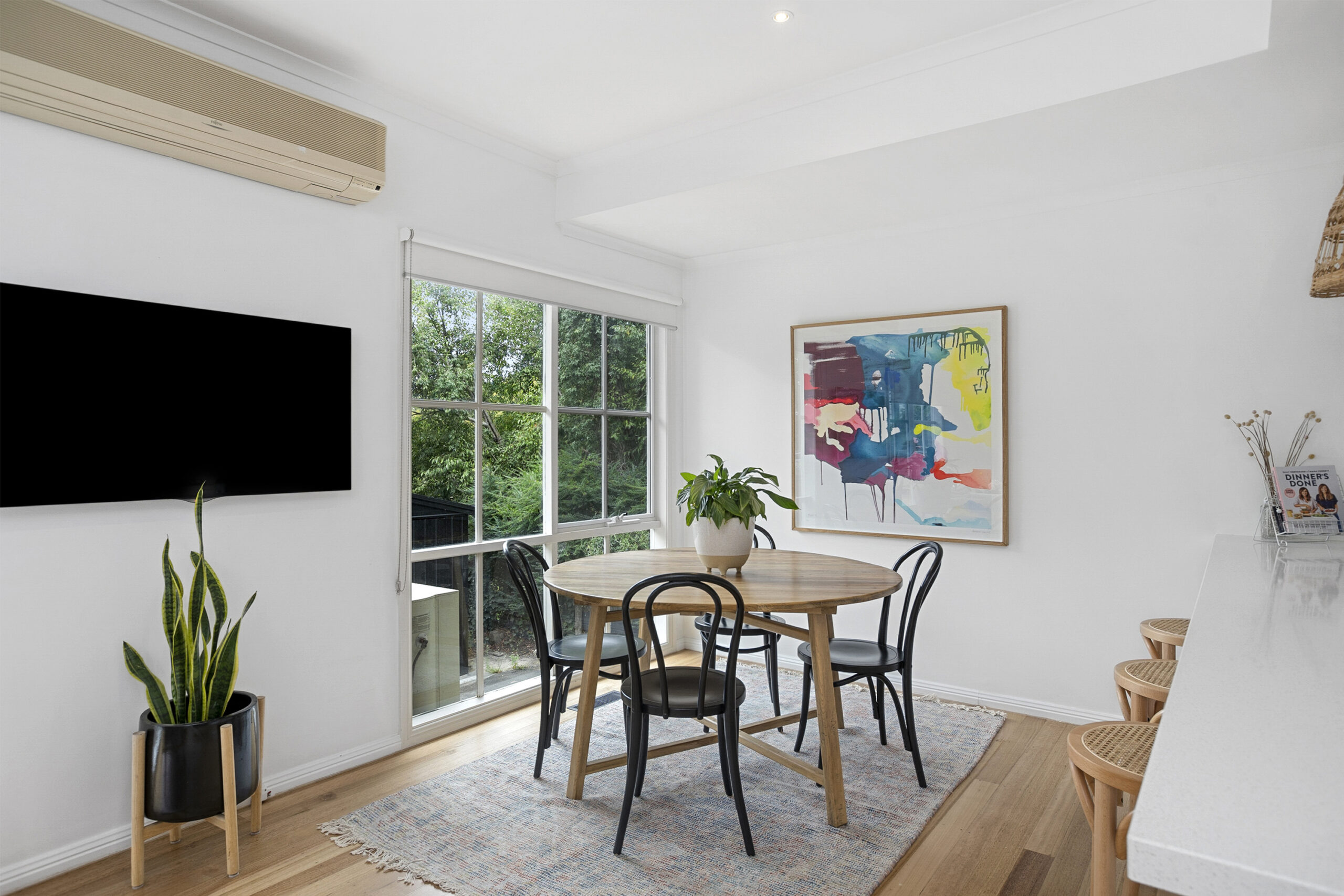 Dining Zone, The Grove, Mt Martha Holiday Rental