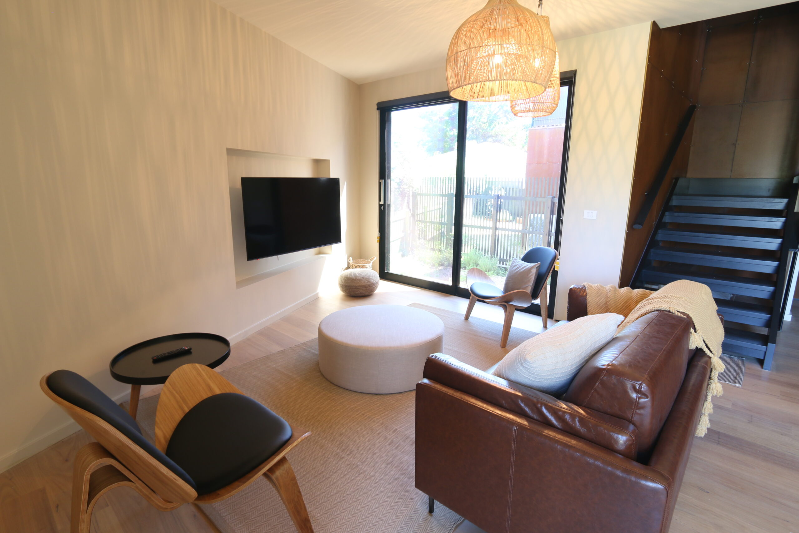 Safety beach holiday rental, entry level sitting room. Prescott perfection