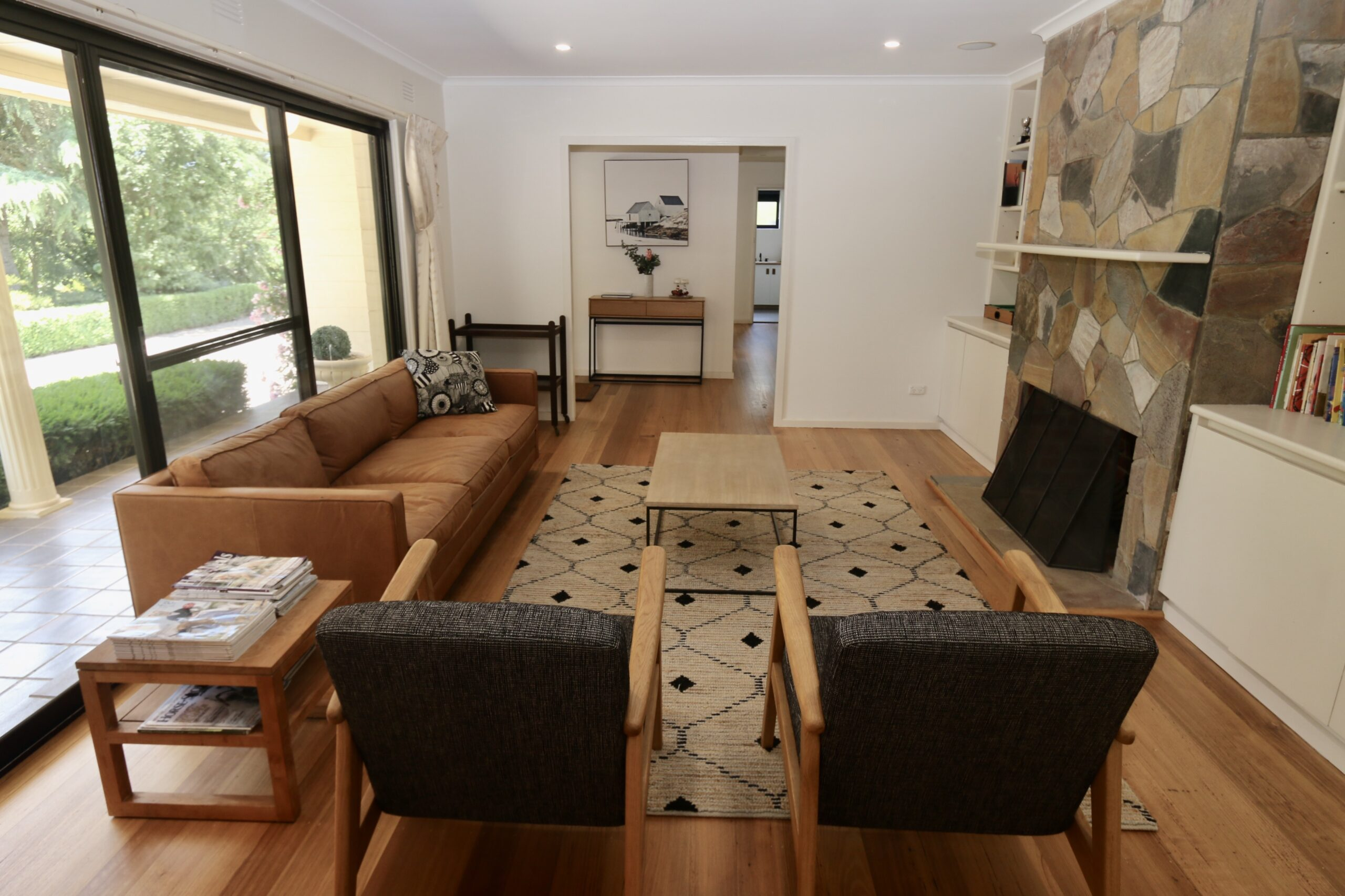 sitting room with fireplace. Adalong Park, holiday rental Moorooduc.