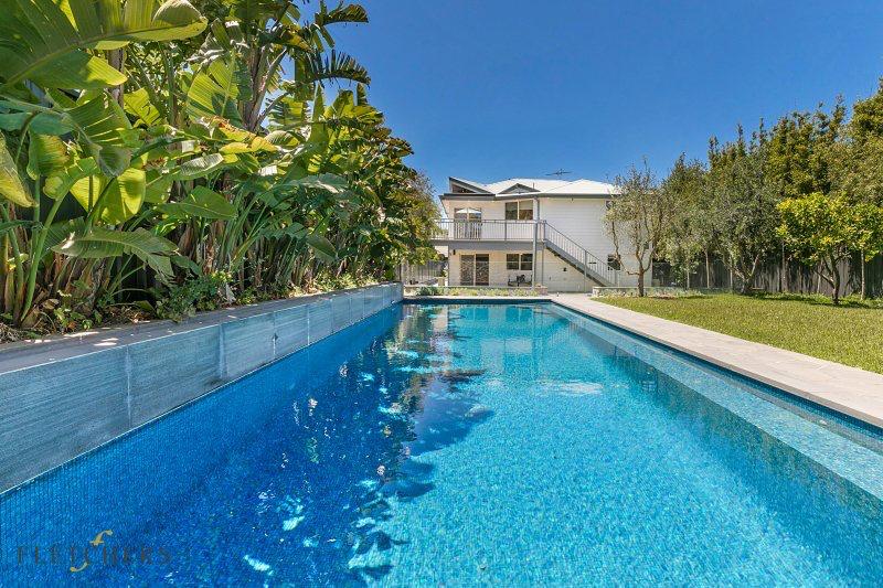 Timbertop pool & house. Blairgowrie holiday rental