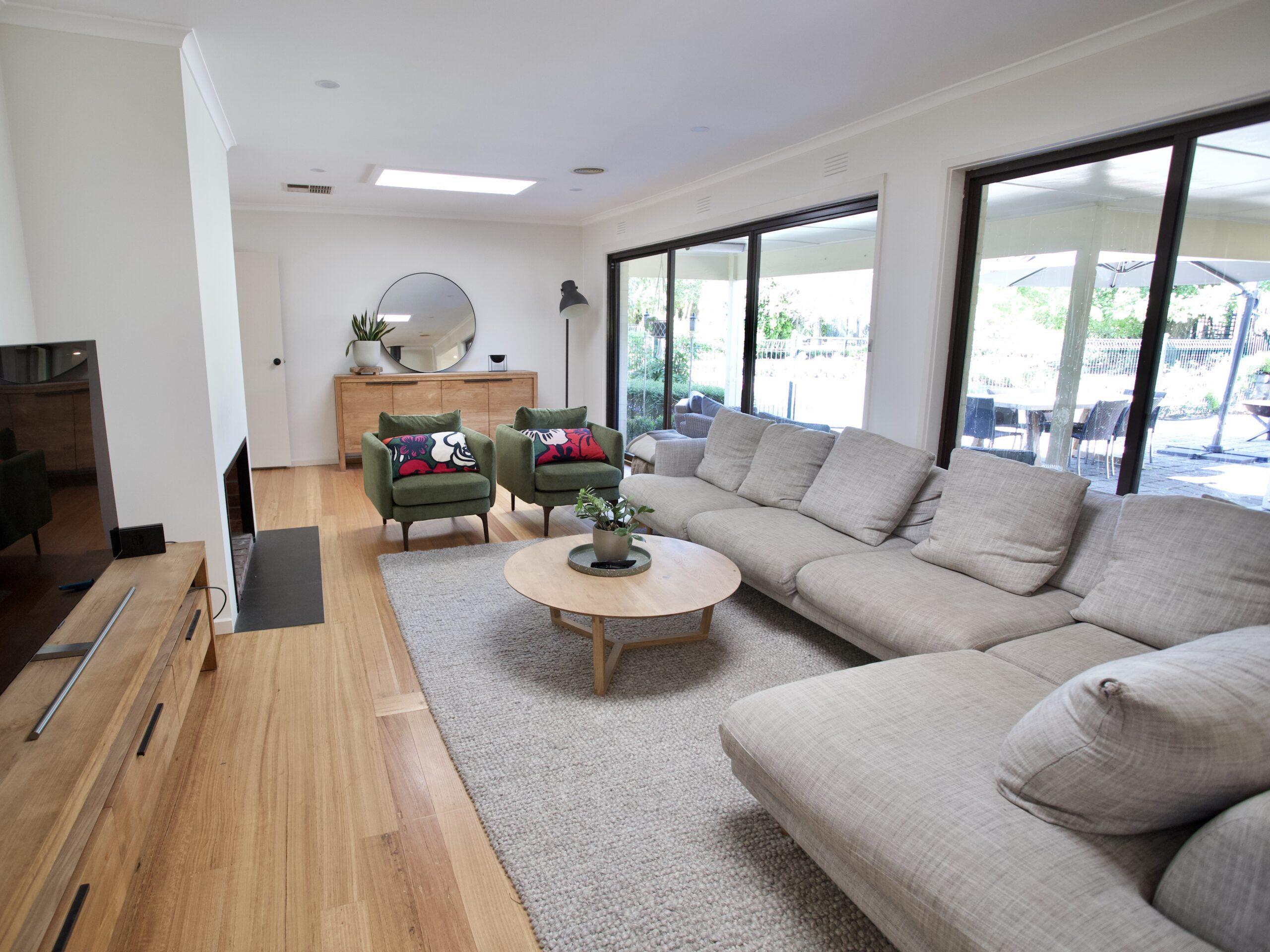 Moorooduc holiday rental. Adalong Park. Main living room