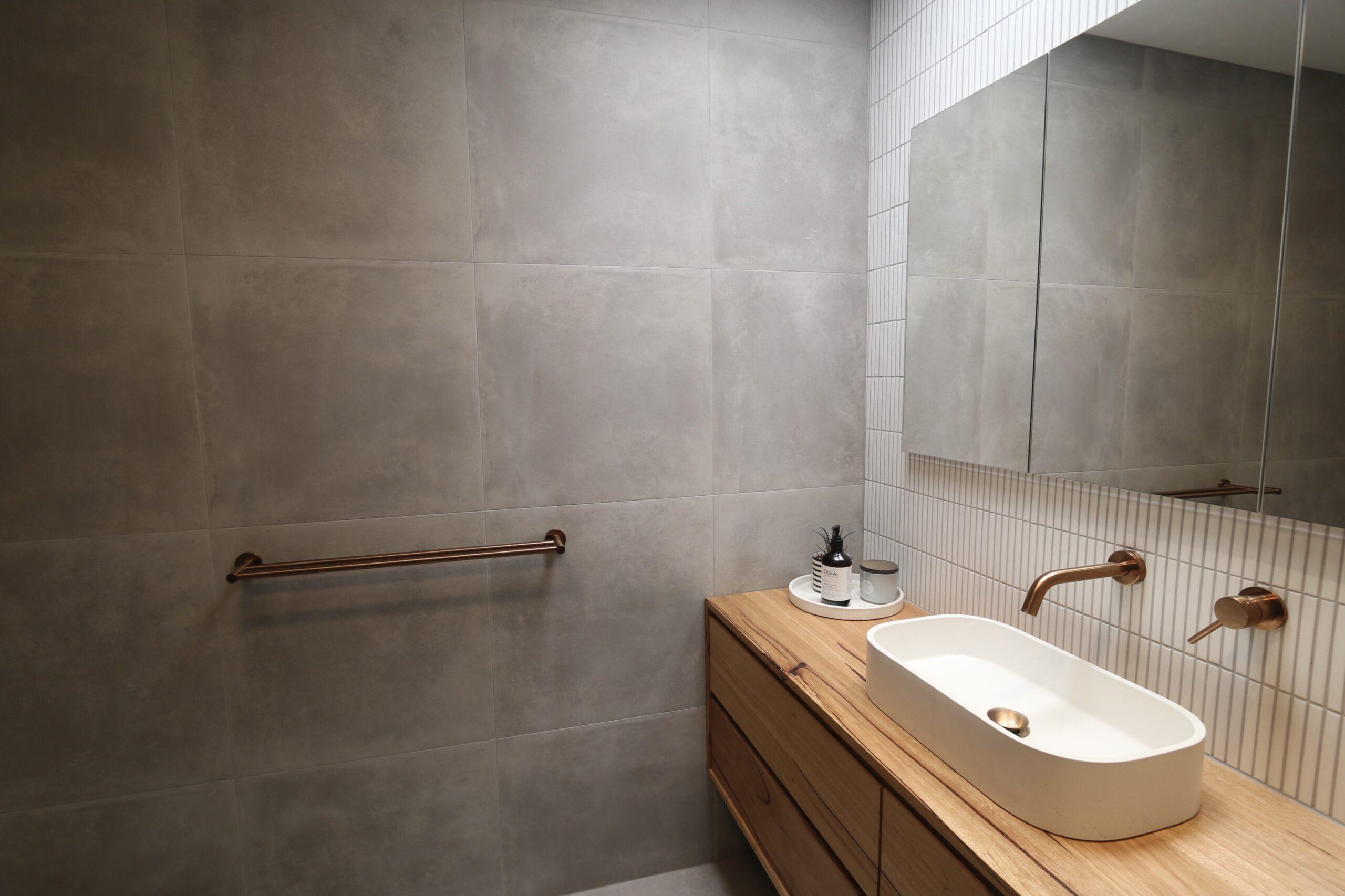 Moorooduc holiday rental, master bathroom basin detail